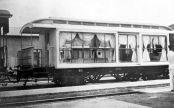 Kereta khusus untuk mengangkut jenazah Pakubuwana X ke Yogyakarta menuju pemakaman raja-raja Mataram di Imogiri.