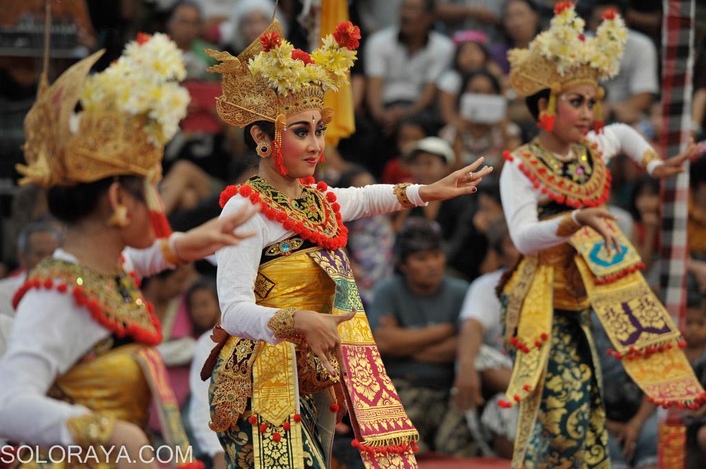 Tarian sakral Joged Pingitan dipentaskan untuk umum ...