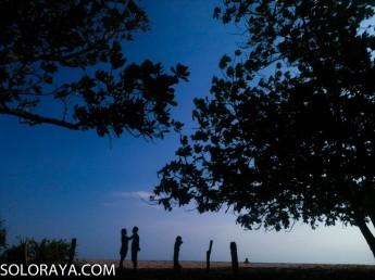 Pemandangan di Pantai Trianggulasi (Zezen)