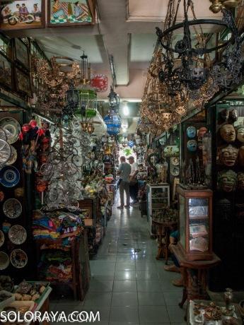 Pasar Triwindu (soloraya)
