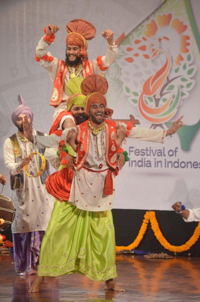 tari-Bhangra-220215-fik-2