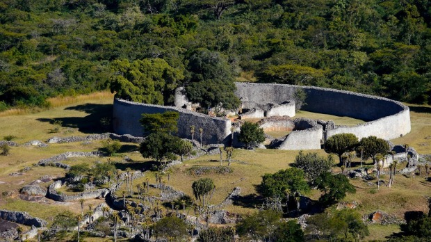 Great-Zimbabwe-ruins-