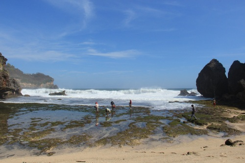 Pantai di Wonogiri