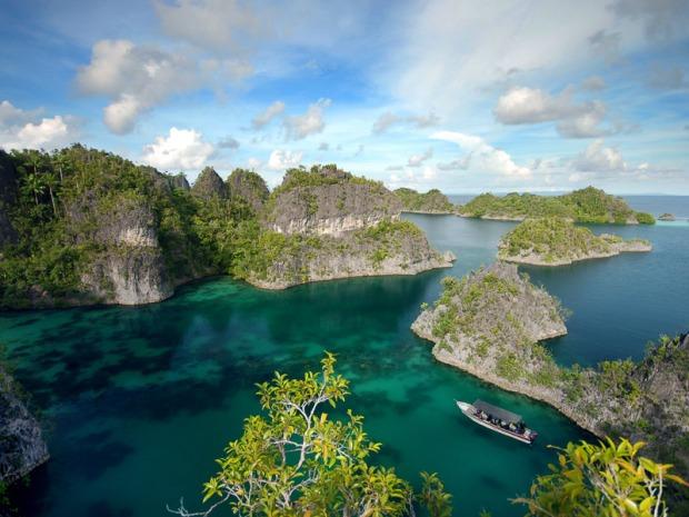 pulau batanta di raja ampat