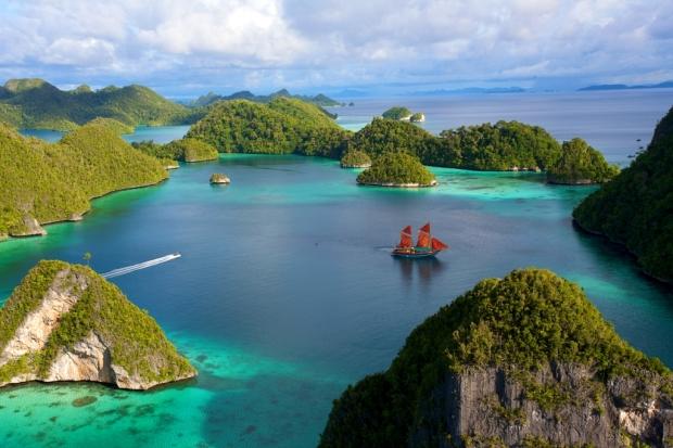 Pulau-Wayag