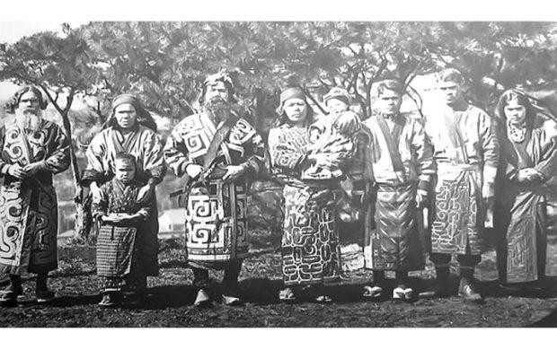 suku-ainu-penduduk-asli-jepang-utara-225719-1