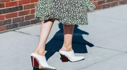 sepatu-putih
