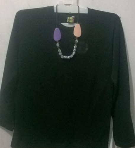 Kaus oblong polos hitam panjang